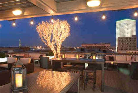 roof top bar houston best rooftop bars in houston for drinking outside thrillist