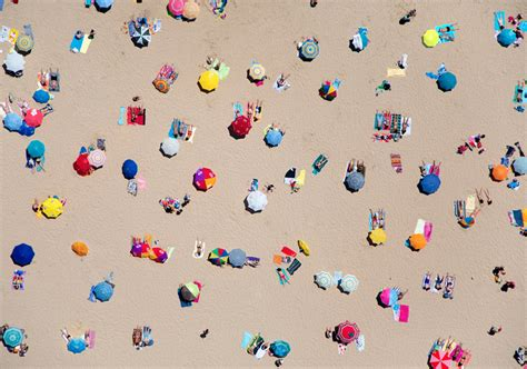 gray malin photography a la plage a la piscine aerial beach bum photographs by