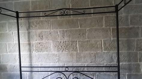 steinwand schlafzimmer mostar eine burgsteinwand im schlafzimmer
