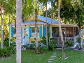 small coastal cottage plans