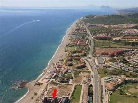 alquiler apartamentos vacaciones manilva castillo de la duquesa playa  golfcd youtube