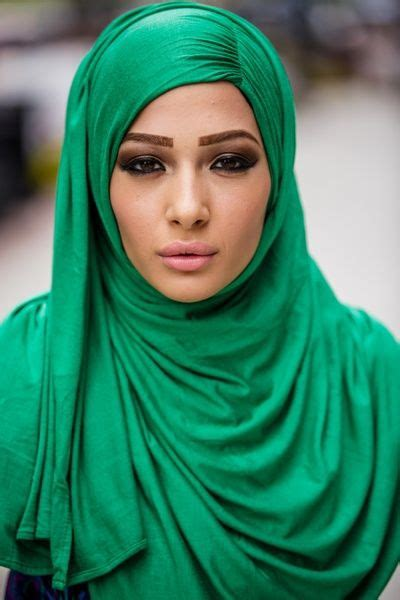 Jilbab Saudi Bd Flower 79 best images about modest and jilbab styles on saudi arabia emerald color