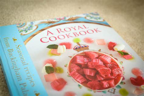 libro royal teas seasonal recipes a right royal cookbook the botanical kitchen