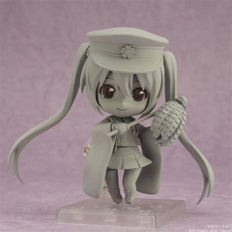 Hbj2325 Nendoroid Hatsune Miku Senbonzakura Ver sculpture photo released for nendoroid hatsune miku senbonzakura version mikufan