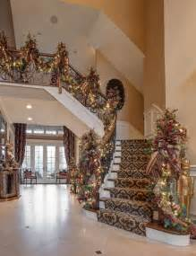 Indoor Entryway Rugs Foyer Staircase Christmas Garland Traditional