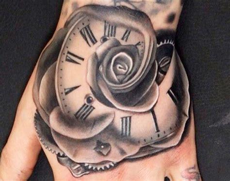 tatuaggi fiori per uomo tatuaggi con fiori significato e 200 foto beautydea
