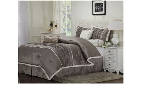 Groupon Comforter Set by Superior Blakely 7 Luxurious Comforter Set Groupon
