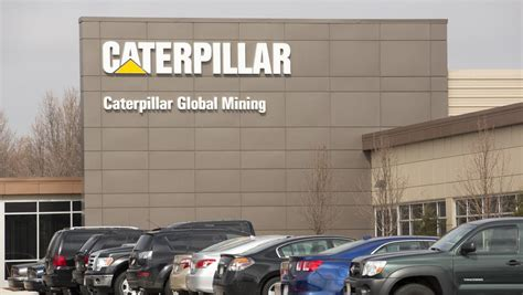 Caterpillar Corporate Office by Master Lock S Future Oak Creek Headquarters Cus Sold To