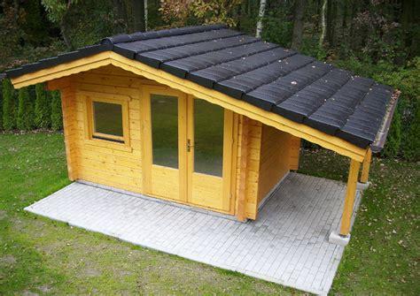 Gartenhaus Mit Holzlager by Inhortas Holzhaus Gartenhaus Aus Holz Aber In Solider