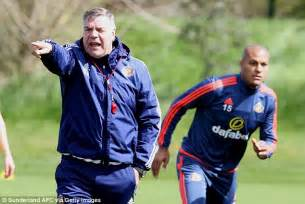Of Sunderland Mba Top Up by Sam Allardyce Tells Sunderland Players To Feed Jermain