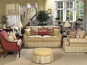 Cottage Style Bedroom Sets English Country Furniture English Country Living Room