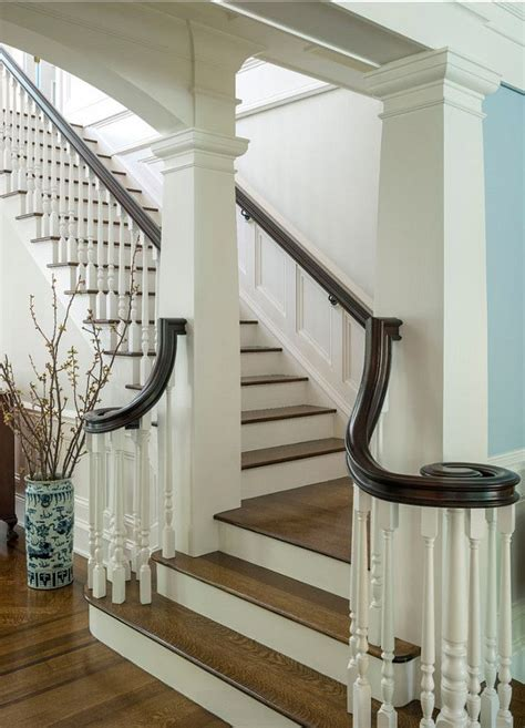 Small Stair Railing 25 Best Ideas About Traditional Staircase On