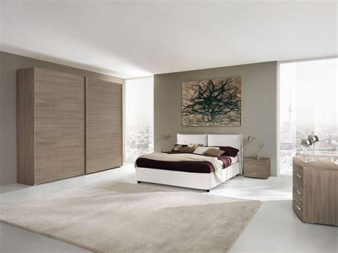 colorare pareti da letto pareti da letto color tortora le pareti della