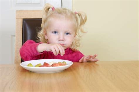 alimentazione veronesi alimentazione bambini i consigli di umberto veronesi