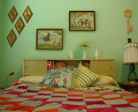 Vintage Bedroom Wall Ls by Best 25 Mint Bedroom Walls Ideas On Bedroom