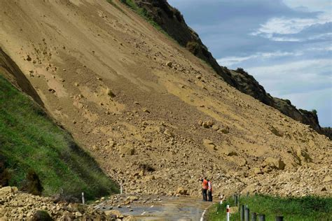 earthquake in new zealand new zealand large megathrust earthquakes happen due to