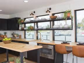 fixer upper house boat chip and joanna gaines fix up a rundown houseboat today com