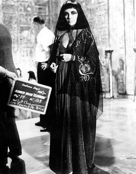 Cleopatra Set2 1963 cleopatra set design cinema the list