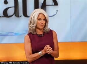 last on the talk show gets new hair cut katie couric dons grey wig on talk show katie daily mail