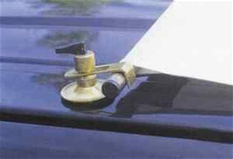 Awning Suction Cups by Fixing A Driveaway Awning