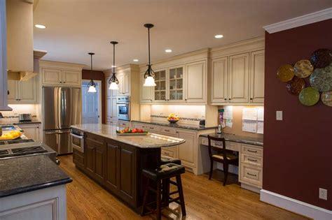 Kitchen Cabinets Wilmington De Maroon Kitchen Walls In Wilmington Delaware