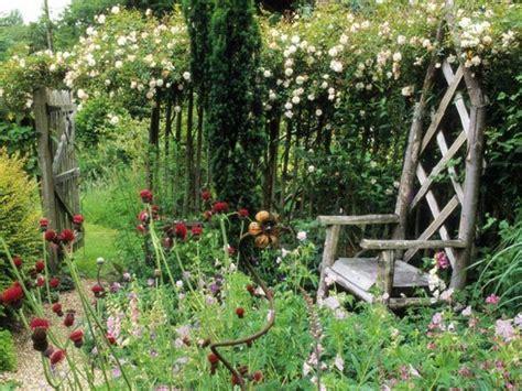 Garten Gestalten Landhausstil by Sch 246 Ner Naturnaher Garten Gestalten Landhausstil