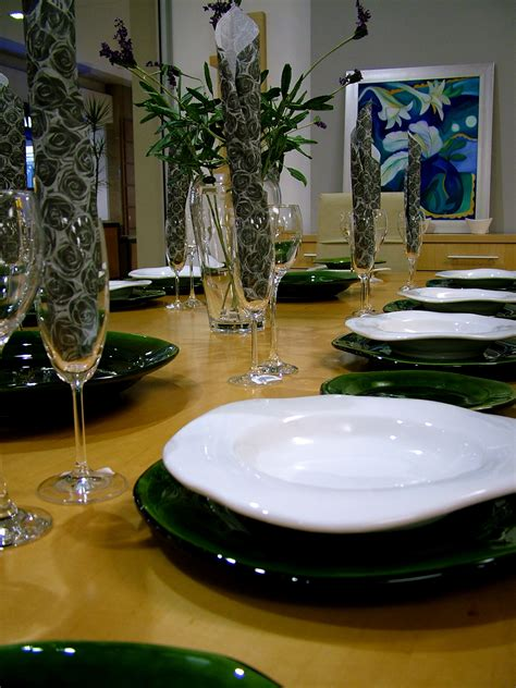 how to dress a table for a dinner a better dinner all things lifestyle