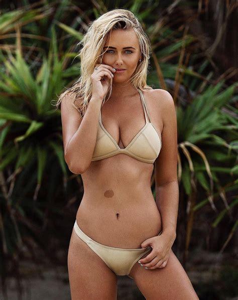 Beach Style by Surfer Ellie Jean Coffey Stuns In Baywatch Like Slo