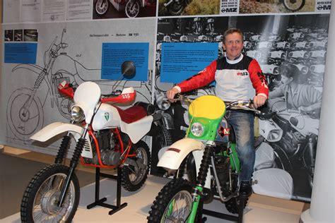Motorrad M Ller Dresden by 187 Trophys Troph 228 En Mz Motorr 228 Der Aus Sachsen 1952 2005
