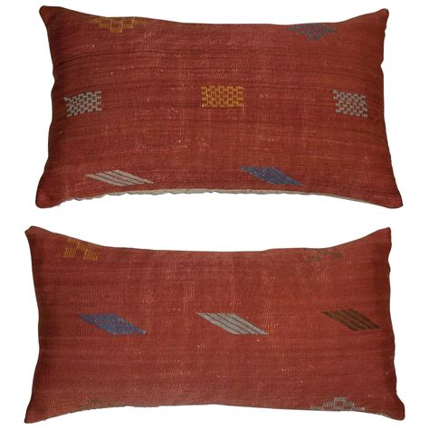 Flat Pillow by Pair Of Flat Weave Pillows At 1stdibs