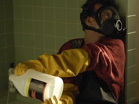 Breaking Bad Acid Bathtub by Bryan Cranston Reveals The Grossest From Breaking