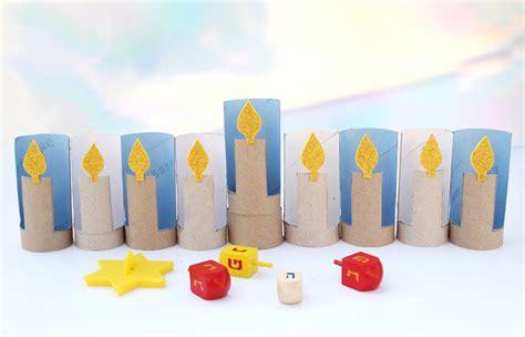 costruire candele riciclo creativo per bambini lavoretti con rotoli di