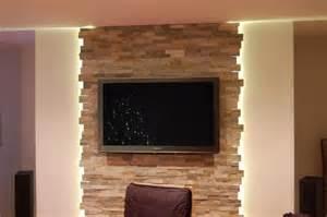 wohnzimmer steinwand die besten 17 ideen zu steinwand wohnzimmer auf
