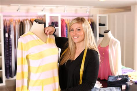 overcoming the challenges of selling clothing and apparel
