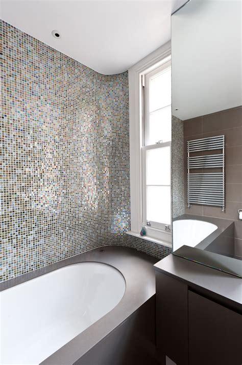 bathroom tile mosaic ideas 25 banheiros decorados com pastilha para voc 234 se inspirar