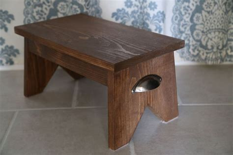 Step Stool Design by 11 Free Step Stool Plans For An Easy Diy Project