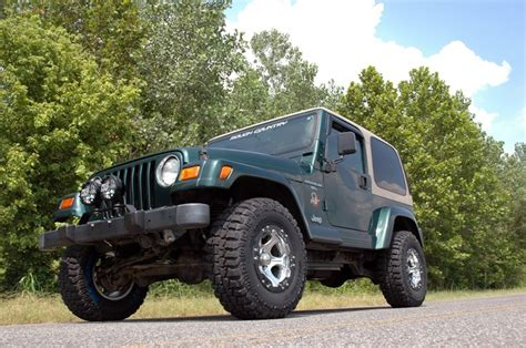 97 jeep wrangler lift kit country 2 5in jeep suspension lift kit 97 06 tj