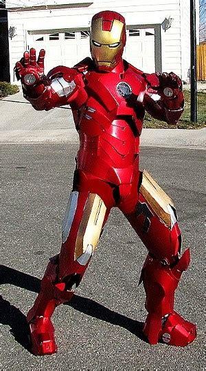 gambar parody cosplay iron man  lucu  menarik