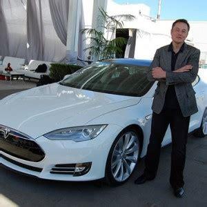 elon musk driverless cars elon musk predicts fully autonomous cars by 2017