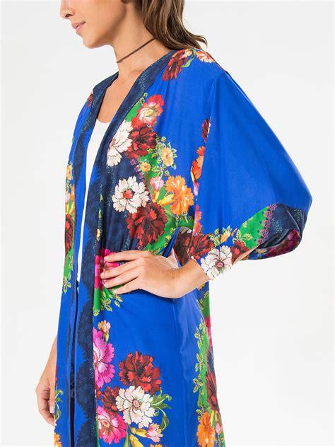 De Kimono Flower farm blue kimono with colourful flowers kimono prane
