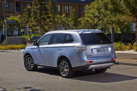 mitsubishi outlander sale mitsubishi outlander phev on sale from 47 490 photos 1