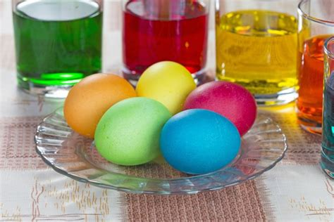 how to dye eggs with food coloring without vinegar how to dye eggs with food coloring