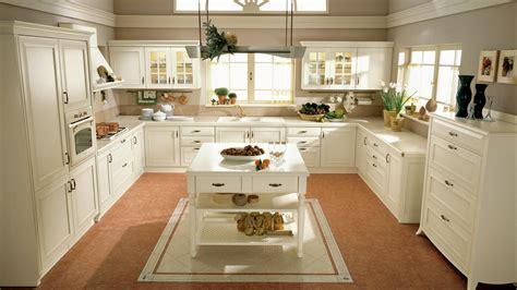 r駭 une cuisine en ch麩e massif cuisine classique en bois massif