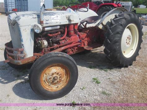 ford 600 tractor no reserve auction on wednesday june