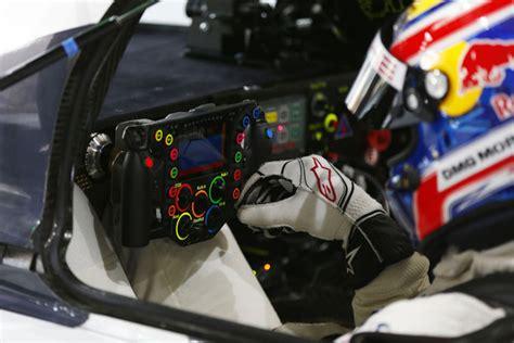 porsche 919 cockpit waar zijn alle 24 knoppen voor op het stuurtje van de lmp1