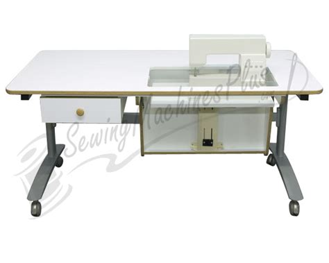 horn 2500 multi lift sewing cutting table