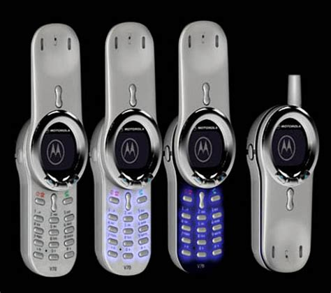 Hp Motorola V70 8 model hp paling unik dan aneh sepanjang sejarah segiempat