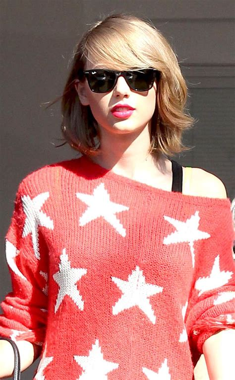 shoulder grazing hair taylor swift s shoulder grazing bob hair styles pinterest