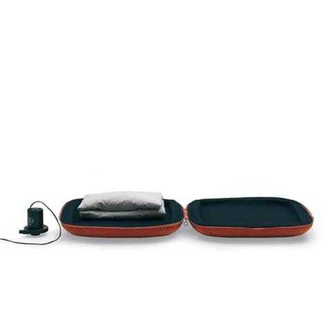 misure cuscini letto cuscino contenitore per letto gonfiabile mod q letto