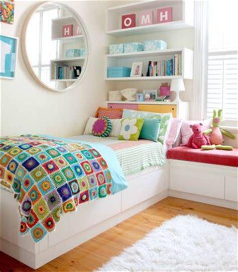 Bedroom Storage Au 1000 Ideas About Small Bedroom Storage On